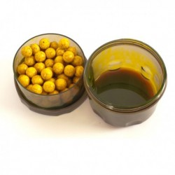 Recipient mic pentru dipuire boilies infuza